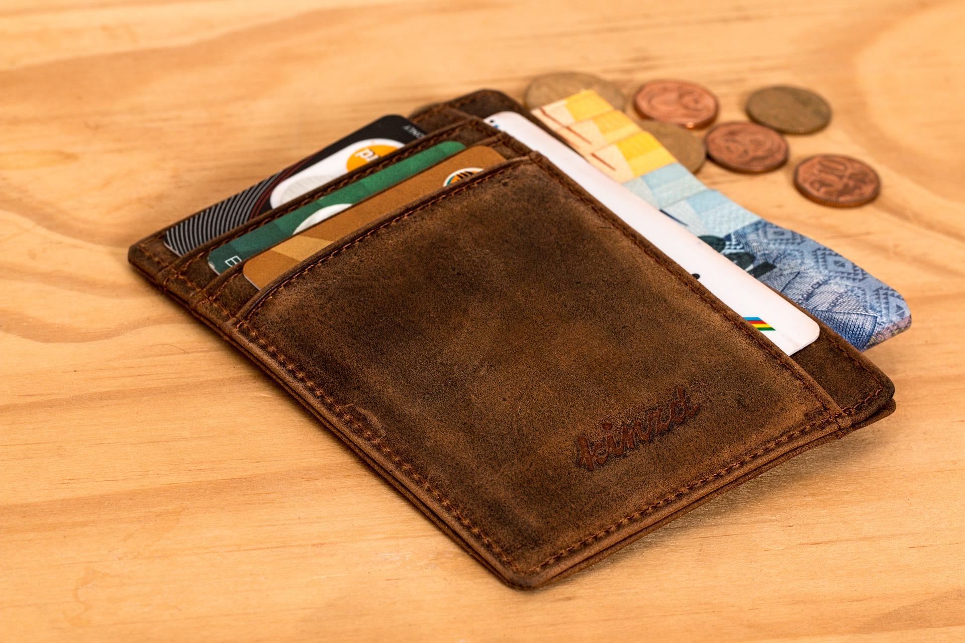 Économiser sur Ses Frais Bancaires - Découvrez les Trucs et Astuces