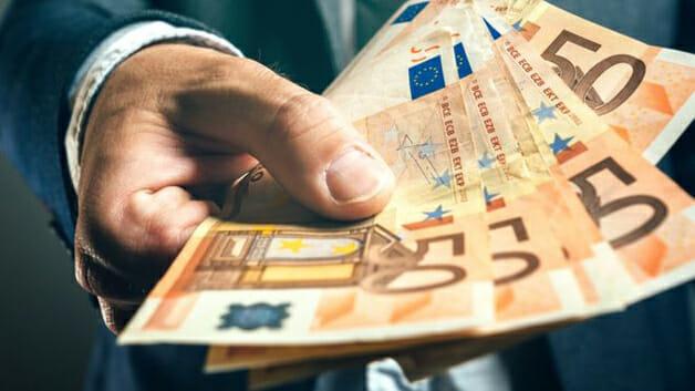 Les Étapes pour Souscrire à un Crédit Sans Preuves de Revenus