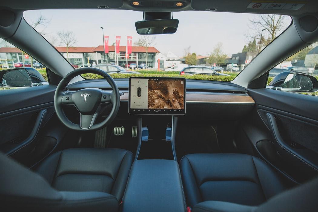 Tesla Model X - Découvrez son Prix et ses Spécificités