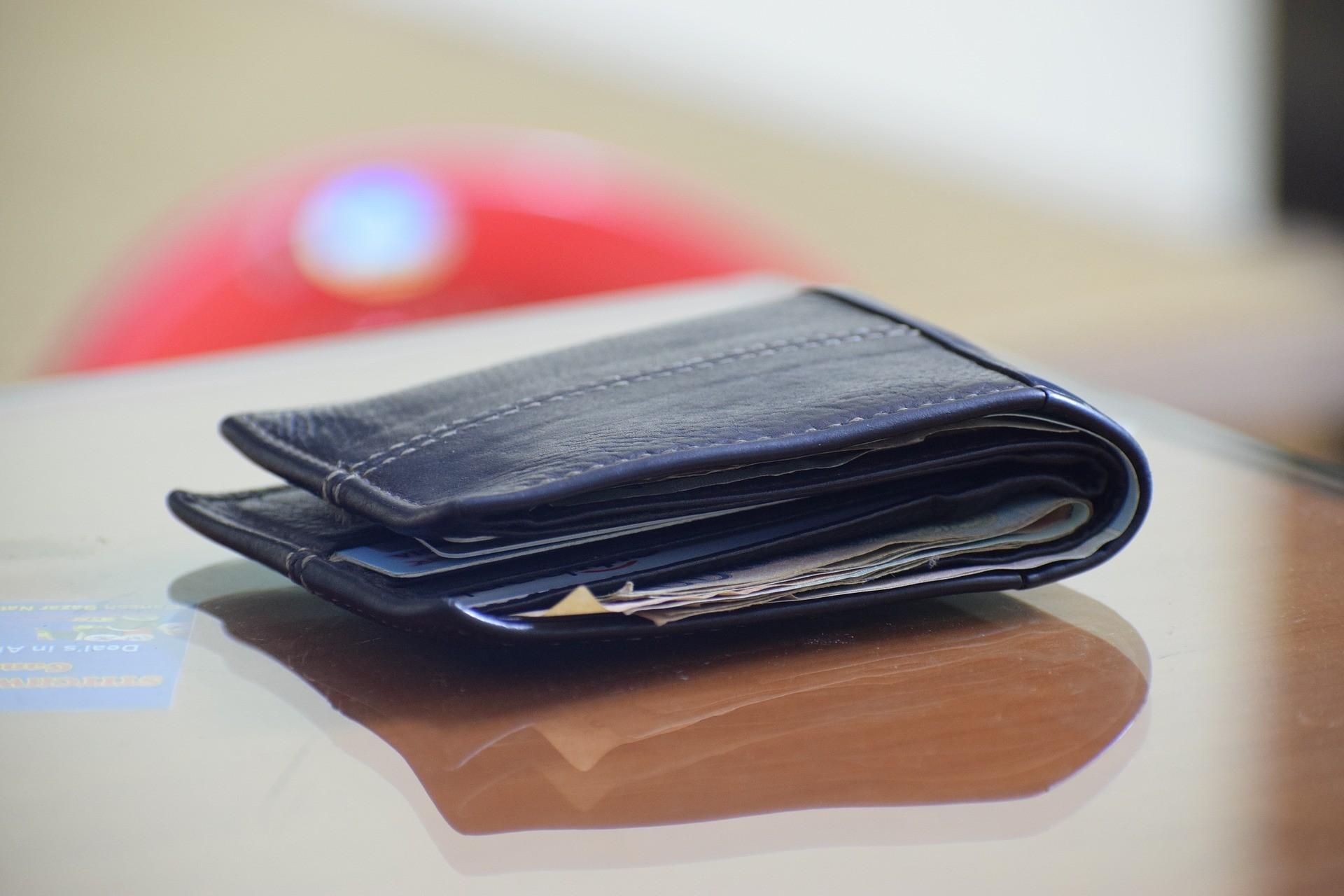 Les Meilleures Options des Cartes de Crédit sans Frais de Retraits et Paiements - Découvrez-Ici