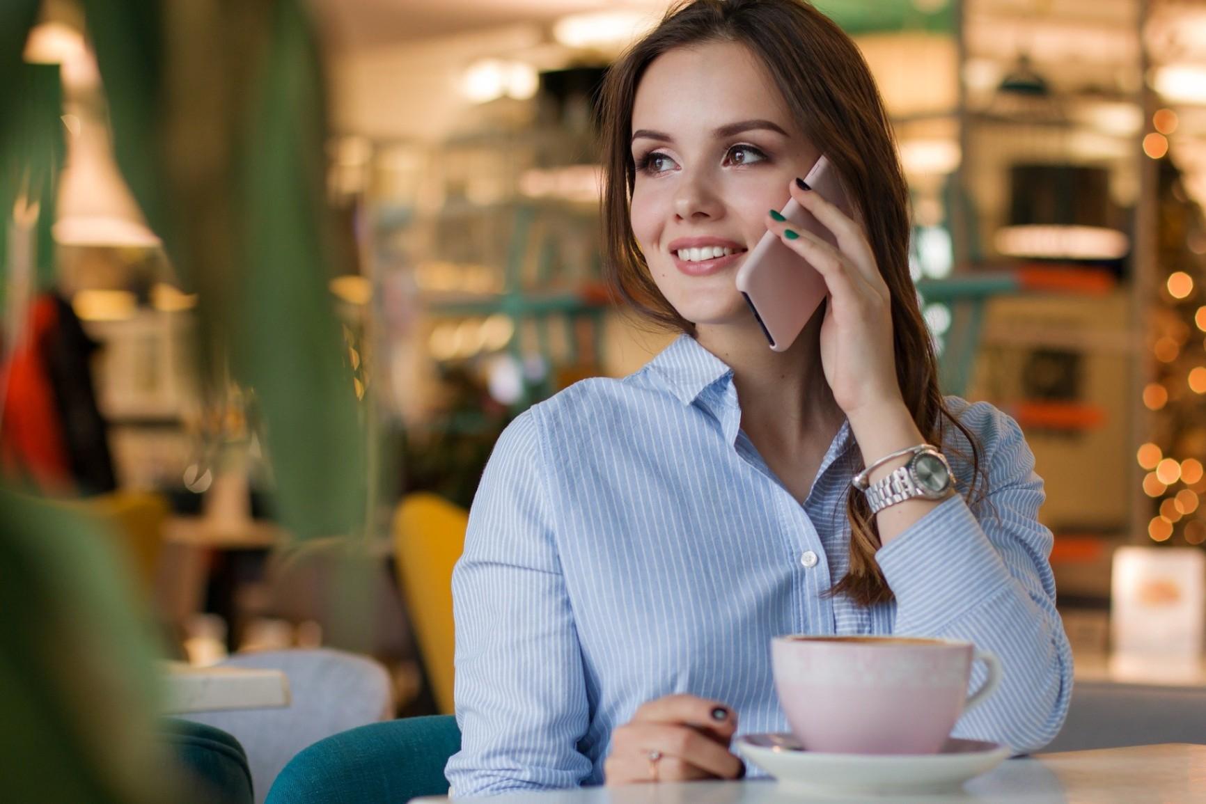 Découvrez Quelques Cartes qui Offrent des Réductions aux Restaurants Locaux et Comment les Commander