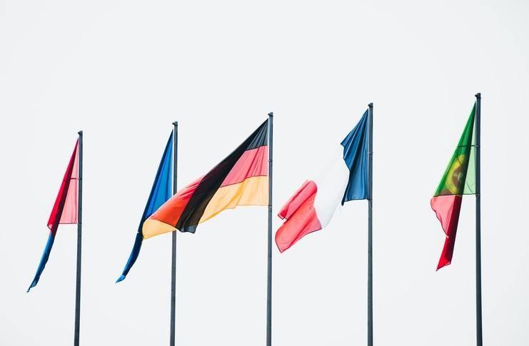 Les 7 Grandes Puissances - Apprenez-en Plus à Propos de Ces Pays